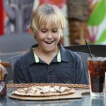 Smores Pizza, Family-Friendly Environment