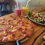 Pizza Americana ��