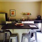Kayenta flat kitchen.