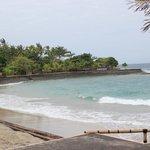 Пляж во время прилива