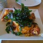 spicy glazed garlic chicken wings