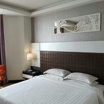 Refurbished deluxe room