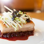 Porkbelly with green apple slivers