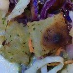 ... gabs im salat... sehr nette idee! :) (stark vergrößert natürlich)