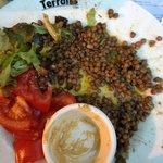 """Assiette """"l'orientale"""": les lentilles au cumin se noient dans l'huile"""