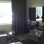 Camera con vista mare e imbarco traghetti