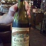 Très belle carte des vins. Celui-ci, légèrement frappé, est excellent!