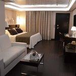 notre chambre, avec le champagne!
