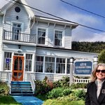Ann Dunham @ Gite Le Presbytere B&B, Perce, Gaspe, Quebec. Photo by Terry Hunefeld.