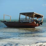 tipiche imbarcazioni locali