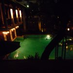 プールサイドのライトアップ