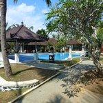 pool and restuarant