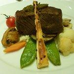 Rinderfilet mit Trüffelrisotto und Gemüsen