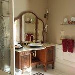 Beautiful vanity and sink