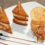 Le Foie Gras de Canard façon Club Sandwich au pain d'épices, Chutney aux Pommes(Printemps 2014)