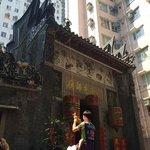 Walk in Hong Kong-Day Tour