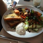 Salad, bread and frische kaise