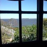 Vista al rio desde la sala de desayuno