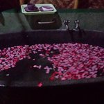 floral warm bath  included ion the package