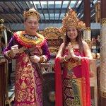 Free Balinese picture taking!