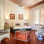 Raintree House Hotel Room