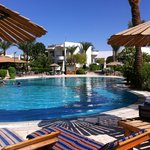 бассейн-главный плюс отеля