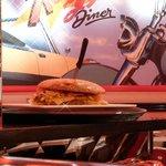 Le plus gros burger que j'ai jamais vu !