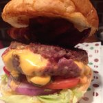 Juicy Lucy, great burger patty, with extra bacon extra burnt, and what seems to be a two days ol