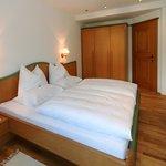 Schlafzimmer App.6