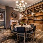 Górna sala idealnie nadaje się na rodzinne uroczystości, Miodova