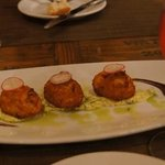 bolinhos de bacalhau - I love them and loved these!