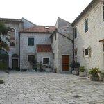 Sibenico, l'accesso al monastero di S. Francesco