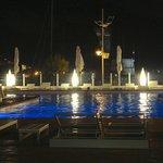 La piscina con vista sulla città vecchia