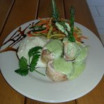 Asparagus wrapped with Chicken and Poblano cream sauce