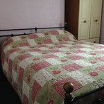 King Size bed in room 4