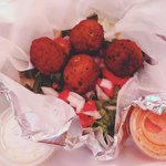 i dream about this falafel.