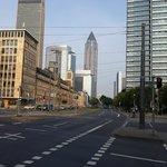Вид на город, недалеко от отеля.