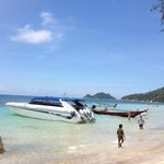 Parked our speed boat at Ko Tao for a quick lunch between snorkeling sites
