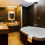 Bathroom Deluxe Double Room Villa Dorabella