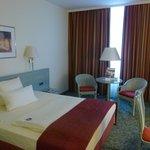 Photo de BEST WESTERN PLUS Hotel Steglitz International