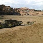 plage et hôtel Esmeralda