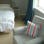 Room 17 - Large, pleasing beach decor, immediate outdoor access