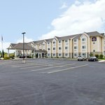 Best Western Plus Woodstock Inn & Suites