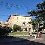 Il palazzo e parte del parco