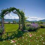 Mountain Top Inn & Resort Wedding Knoll