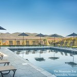 Mountain Top Inn & Resort Pool
