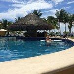 swim up bar in preferred pool