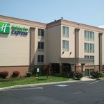 Photo de Holiday Inn Express Harrisburg SW-Mechanicsburg