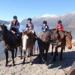 cabalgata sobre Lago Gutierrez