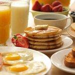 American Breakfast at Travel Maker